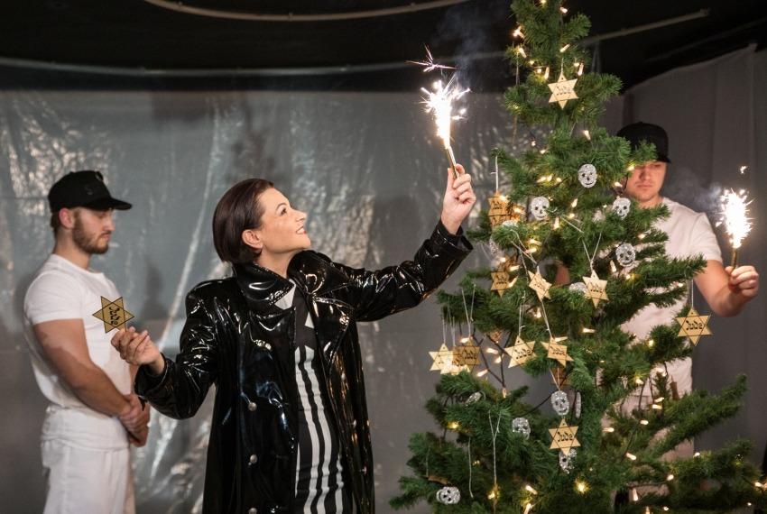 Śmierć pięknych saren / reż. Jan Szurmiej / fot. A.Wencel / na pierwszym planie Monika Soszka
