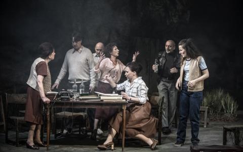 Marzec '68. Dobzre żyjcie to najlepsza zemsta Pawła Demirskiego w reżyserii Moniki Strzępki. Teatr Żydowski w Warszawie.