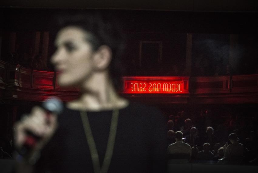 Malowany ptak / reż. Maja Kleczewska / fot. M.Hueckel / na zdjęciu Joanna Drozda