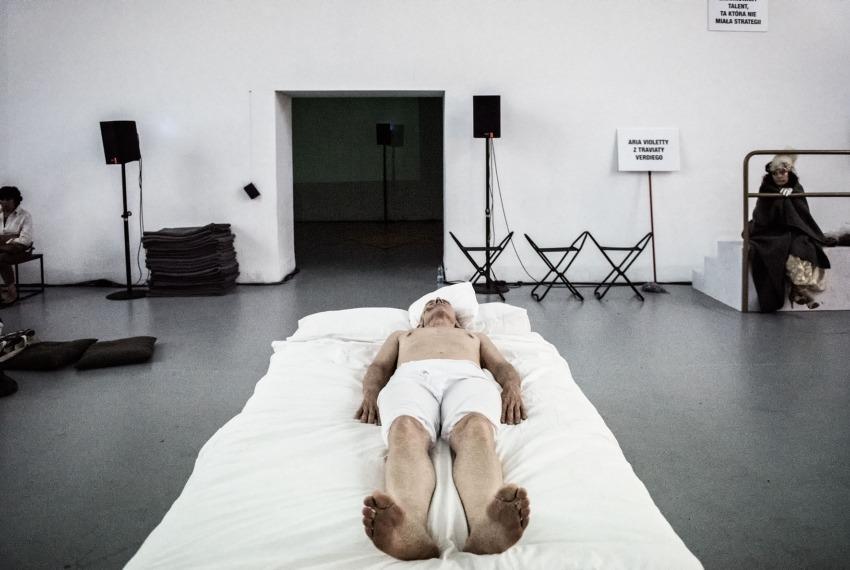 Proszę bardzo / reż. Wiktor Rubin / fot. Magda Hueckel