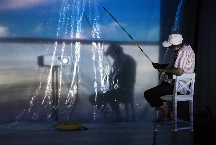 Śmierć pięknych saren / reż. Jan Szurmiej / fot. A.Wencel / na zdjęciu Henryk Rajfer